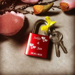 Ljubezenska ključavnica z gravuro - rdeča I AFORUM.shop